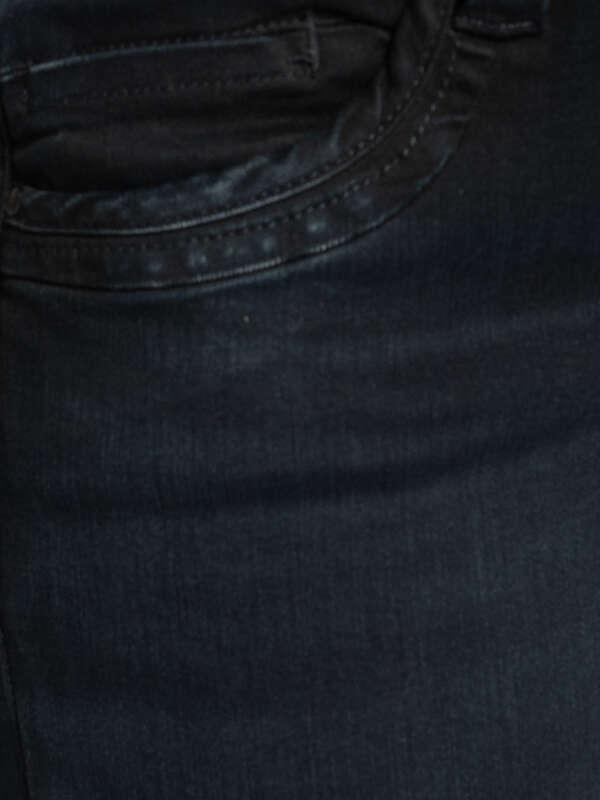 Gen Jeans