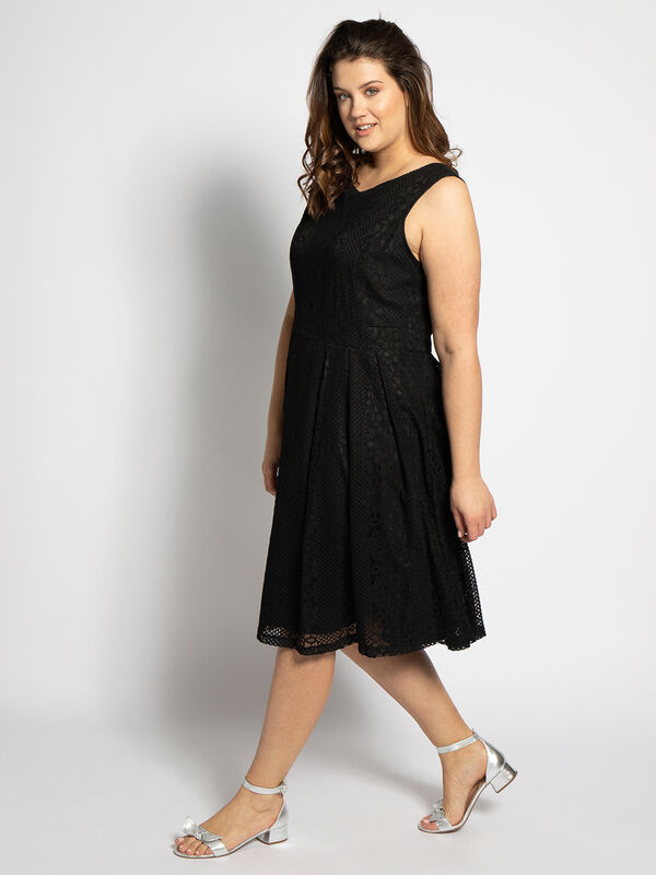 Yumi Kleid Fit And Flare Pleated Lace Schwarz Dress For Less